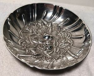 Vintage S Kirk Son Sterling Silver Fruit Repousse Footed Candy Dish 431