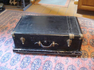Vintage Magician S Work Trunk On Wheels Travel Case Wheary Airplane Wardrolette