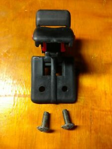 89 03 Chevy Tracker Sidekick Convertible Soft Top Roof Lock Latch Hold Clip