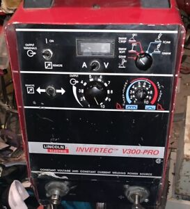 Lincoln Invertec V300 pro Inverter Arc Welder