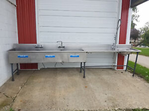 Stainless Steel 3 Compartment Sink Clean Table 165 Faucets