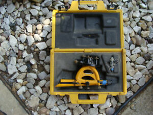Berger Instruments 200 Survey Surveying Scope Transit Level With Hard Case