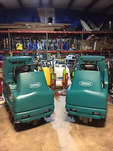 1 Tennant 7100 Ride On Floor Scrubber no Shipping see Video