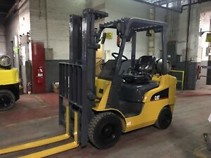 2012 Cat 4000 Lb Solid Pneumatic Forklift With Side Shift And Triple Mast