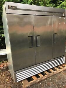 True T 72f 3 Door Freezer On Casters Tested Working Well Good Used Unit 78long