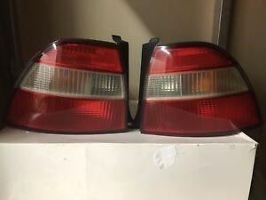 1994 1995 Honda Accord Left Right Tail Lights Complete Set Oem