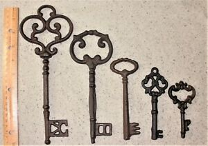 Mixed Lot Of 5 Ornate Cast Iron Rust Antique Style Skeleton Keys 4