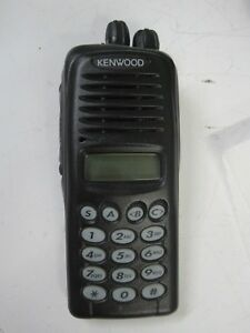 Kenwood Tk 3180 K4 Portable Radio Uhf no Ac Adapter No Battery