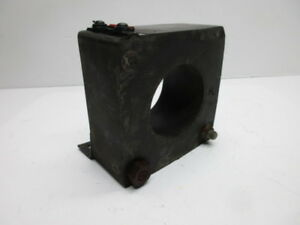 General Electric Jch 0 631x30 Ratio 300 5a Current Transformer Used