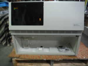 Applied Biosystems 494 Procise Protein Sequencer