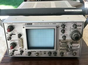 B k Precision Model 1560 Dynascan Corporation 60 Mhz Oscilloscope