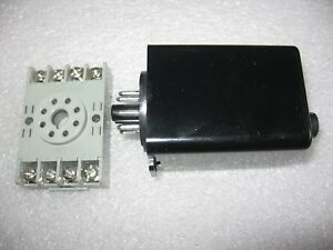 Eagle Signal Control 70q2a602 H90 120 Volt 0 5 1000 Minute On delay Timer used