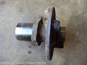 John Deere 620 60 Orchard L H Brake Housing Aa4403r A3782r