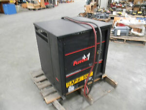 Plus 1 Industrial Battery Charger Model 24p1102oc3