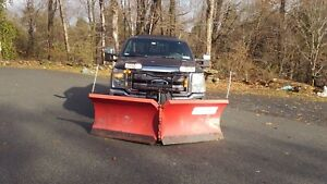 9 2 Ft Boss V Snowplow Blade Smart Hitch Great Condition On Truck Now