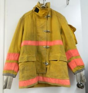 Globe Firefighter Turnout Gear Bunker Padded Jacket Size 46 X 35