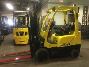 2011 Hyster 5000 Lb Forklift With Side Shift Triple Mast 206 In Reach