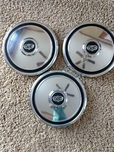 Vintage 1974 Ford Grand Torino Hubcaps10 1 2 Dog Dish