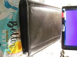 Day Runner Black Leather 8 X 10 With Inserts Excellent