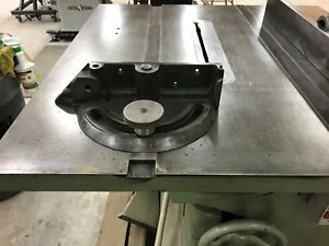 12 Oliver No 232 d Table Saw W Fence Mitre Gauge Good Working Condition