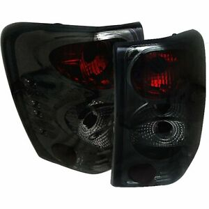 Spyder 5005717 Tail Light For 99 2004 Jeep Grand Cherokee Chrome Interior 2pc