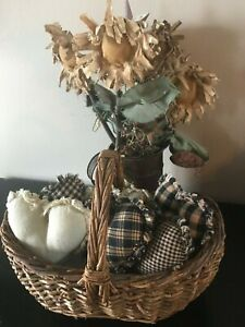 New Homespun Plaid Ornies Bowl Fillers Primitive Hearts Black Tan Rag Rustic