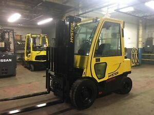 2013 Hyster 5000 Lb Solid Pneumatic Forklift With Side Shift And Triple Mast