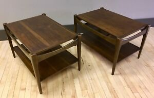 Pair Of Mid Century Modern End Side Tables In Walnut Retro Mcm 2