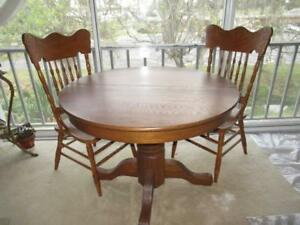 Antique Oak 42 Round Table 2 Oak High Back Chairs