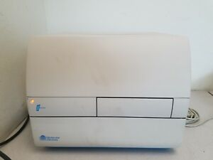 Molecular Devices Fmax Microplate Reader