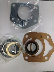 1965 66 Mustang Axle Shaft Install Kit Bearings Seals Gaskets Retainer 8