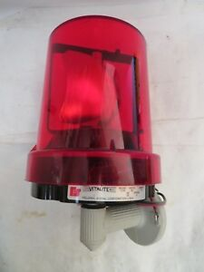 Federal Signal Red Rotating Beacon Light 121a 121a 24 Vdc 1 3a Amp Series C