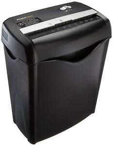 Amazonbasics 6 sheet Cross Cut Paper Credit Card Shredder