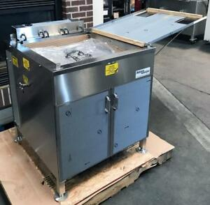 New Belshaw 624 Bakery Restaurant Kitchen Equipment 24 X 24 Electric Donut Fryer
