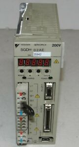 Yaskawa Electric Sgdh 02ae Servopack 200v 3ph 0 230v 0 300hz 2 1a 0 2kw Ip1x