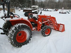 Kubota Tractor 4x4 Quick Attach Loader Bucket
