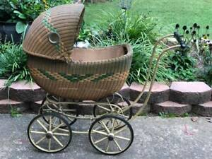 Antique Wicker Baby Doll Buggy Carriage Stroller Original Condition