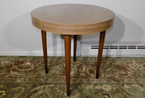 Thonet Round Side Lamp Table Tapered Legs Formica Top Mid Century Modern Retro