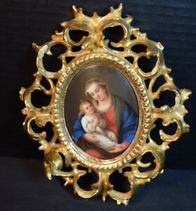 Oval Hand Painted Porcelain Plaque Of Mother Child In Gilt Wood Filigree Frame