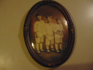 Vintage Antique Wood Frame Domed Bubble Glass 22 X 16 Includes Old Picture