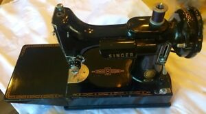 Vintage 1957 Singer 221 Featherweight Sewing Machine Case Table
