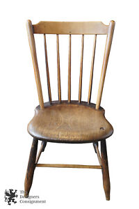 American Oak Antique Primitive Rustic Windsor Back Side Accent Dining Chair
