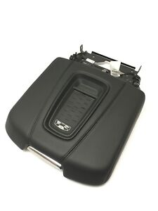 Cadillac Escalade Center Console Armrest Lid New Oem W Phone Dock Charger