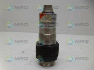 Honeywell 942 a4m 2d k220s Ultrasonic Sensor used