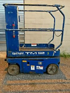 12ft Up right Electric Scissor Lift Tm12 Man Aerial Platform Lift 65400 001