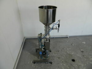 Single Head Piston Filler Filling Machine
