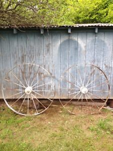 Large Farm Primitive Metal Wagon Wheels