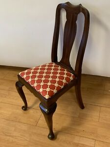 Henkel Harris Mahogany Queen Anne Dining Room Arm Chair Style No 109s
