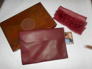Canyon Outback Leather Portfolio With Business Card Holder With Metal Box Nwt