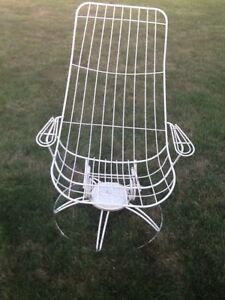 Vintage Homecrest Iron Patio Furniture Mid Century High Back Swivel Chair